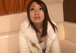 関西発の素人美少女・初3Pハメ撮り