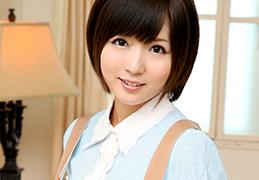麻倉憂 超人気美少女がマイクロビキニで美マンに生中出し…!