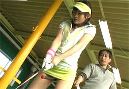 プロを目指すゴルフ少女を指導と称してバックでハメる!