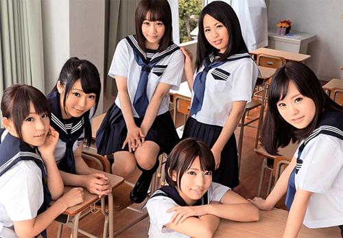 制服美少女にモテモテな理想の学生時代をバーチャル体験!の画像です
