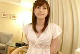 みずほ20歳。真っ白く透き通る肌が絶品なSSS級素人女子大生