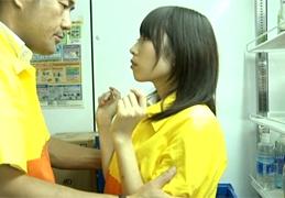 チンポがないと生きて行けない、チンポ中毒の女子○生 有村千佳