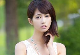 佐々木希級の10頭身美女が魅せる本能むき出しの4本番 麻生希