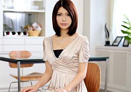 28歳、美し過ぎる世田谷の若妻さんがAVデビュー! 堀内秋美