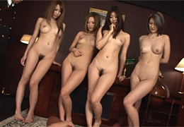 全員スーパーモデル級の美女4人と中出し大乱交!