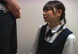 とんでもなく可愛い童顔JKの手コキ