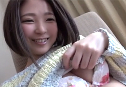 「あかん…」関西弁で照れるDカップ女子大生を脱がして中出し